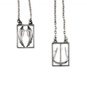 Collar de plata escapulario Ángel y Demonio Eleven