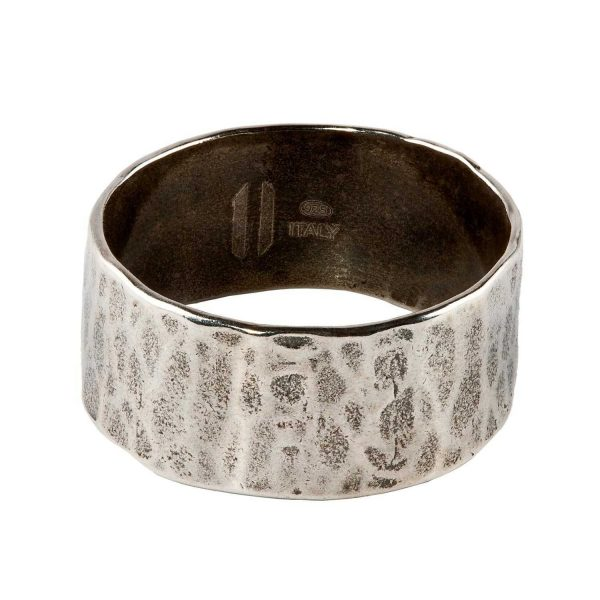 Hammered thin silver ring (medium)