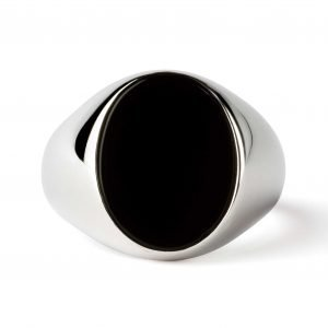 Oval silver ring Onyx
